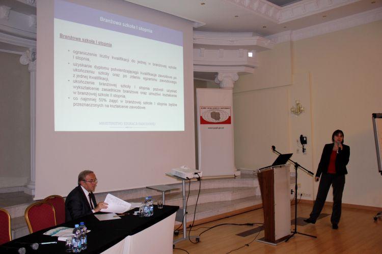 Prezentacja dotycząca zmian planowanych w szkolnictwie zawodowym
