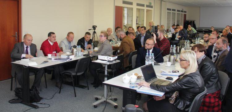 czestnicy spotkania Lokalnych Stowarzyszeń Geodezyjnych