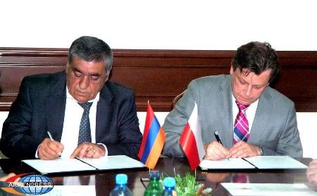 Podpisanie umowy o współracy w ramach programu Polska Pomoc Rozwojowa