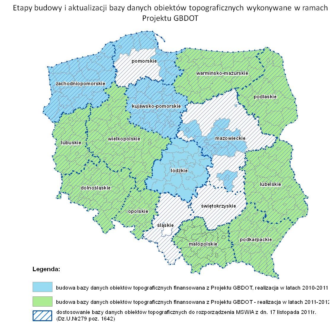 Mapa Polski z zaznaczonymi obszarami województw, w których wykonywane były prace w etapach: 2010-2011 kolor błekitny, 2011 - 2013 kolor zielony oraz biały kreskowany na którym jedynie dostowano istniejące bazy do wymogów aktulanych przepisów